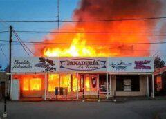 Golpe al corazón de Tierra del Fuego: El fuego destruyo la panadería «La Unión» en Tolhuin